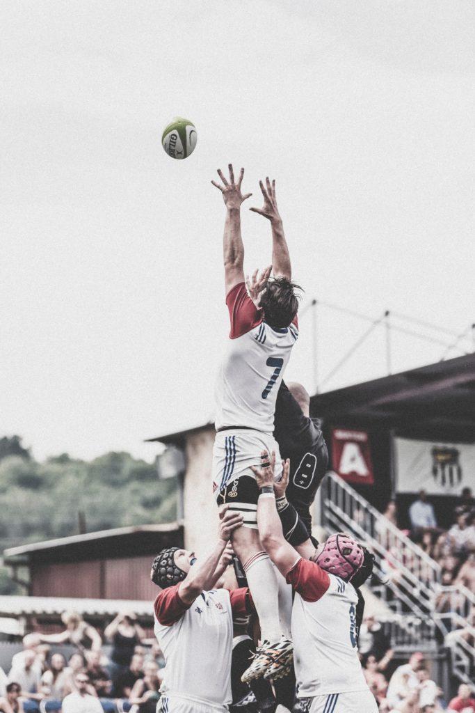 Rugby saut en touche